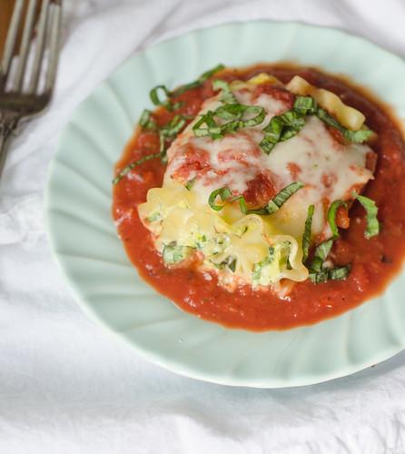 Spinach and Zucchini-Stuffed Lasagna Rolls