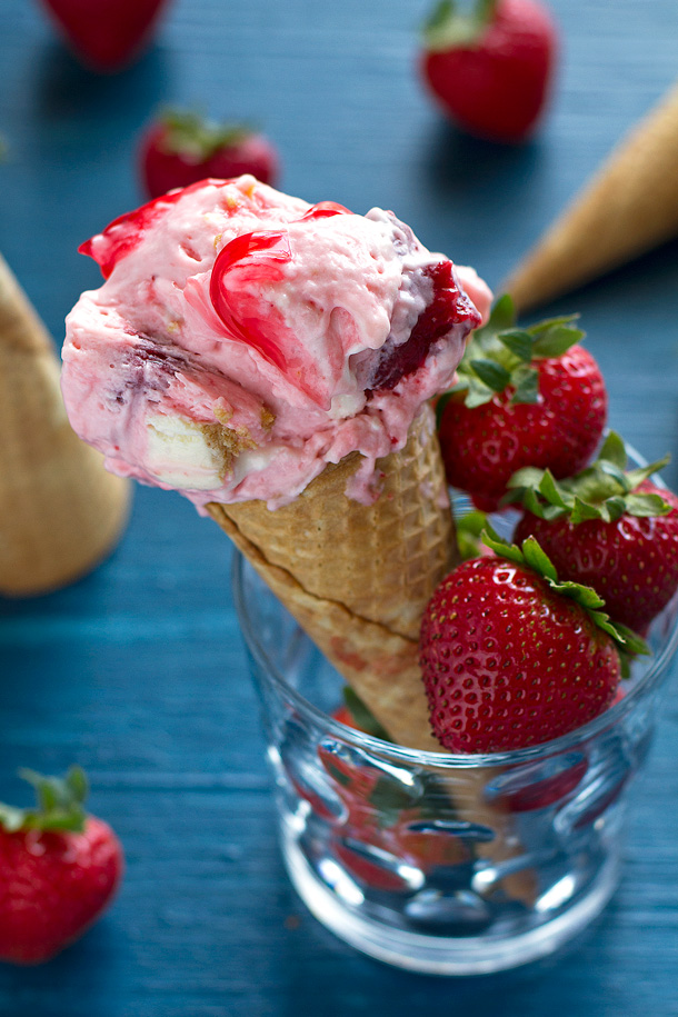 Strawberry Cheesecake Chunk Ice Cream