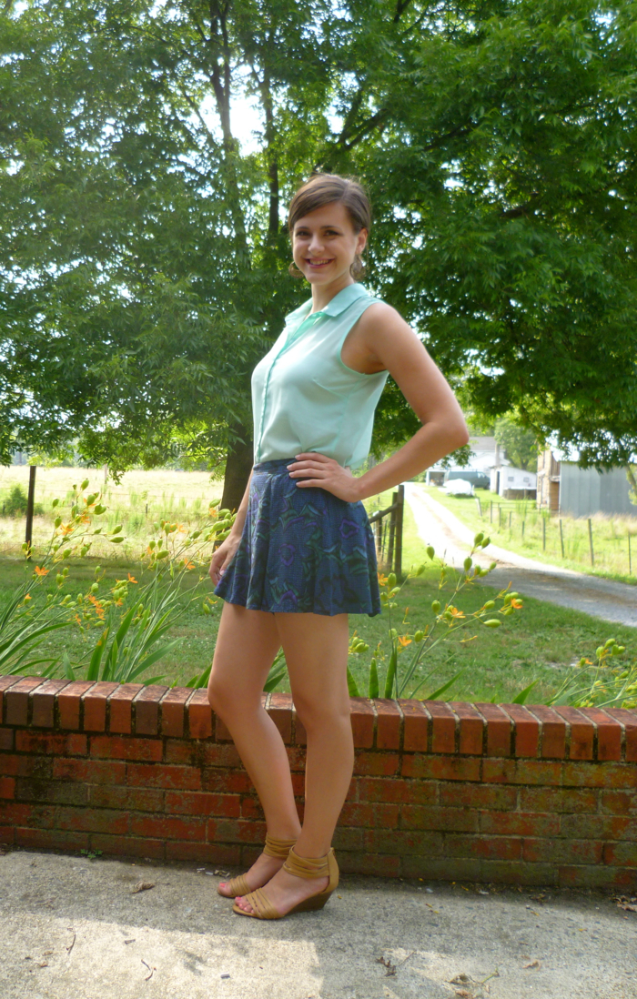 McCall's 6965 Skirt to Culottes Refashion - side 1 by Hey, It's SJ