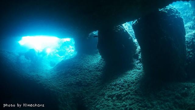 洞窟の光がキレイでしたね♪