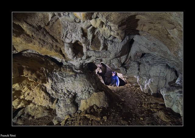 Daniel au fond de la Grotte du Père Mitoulet - Nans Sous Sainte Anne