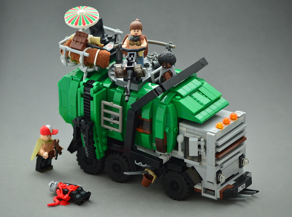 Zombie Trasher (custom built Lego model)
