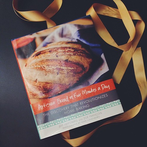 I don't buy too many cookbooks these days (banned if not gifted or won!) but could not pass up this perfect condition used copy of #artisanbreadinfive by @zoebakes #realbread #vsco #vscocam #cookbook