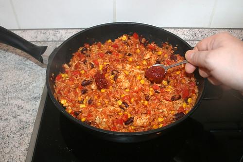 43 - Mit Sambal Olek abschmecken / taste with sambal olek