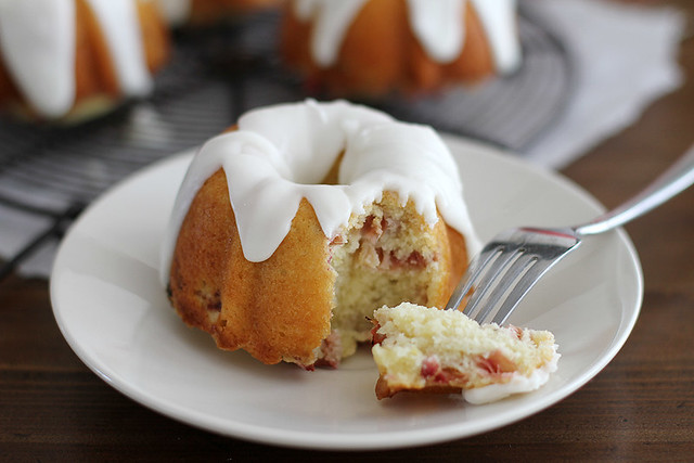 mini lemon-rhubarb bundt cakes