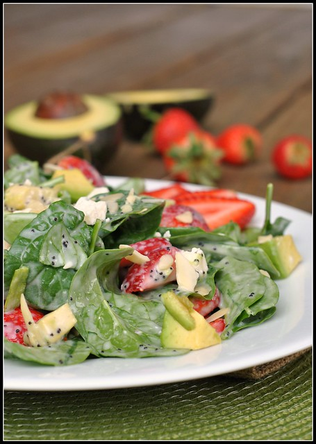 Strawberry Avocado Spinach Salad 4