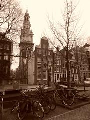Bikes, canal houses and Zuiderkerk