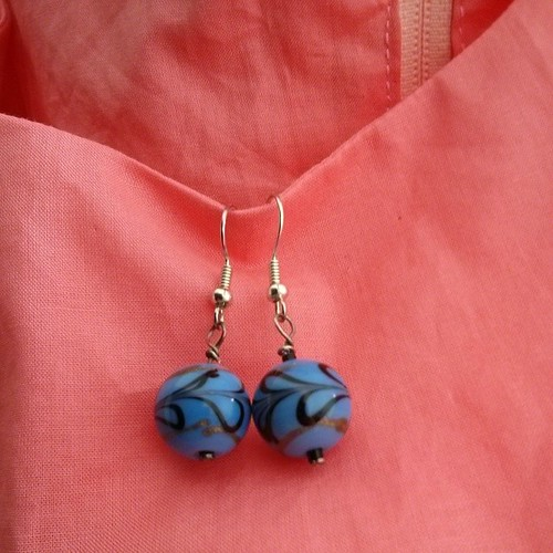 #mmmay14 Day 27: Blue bead earrings for a sleepy work day & evening on the sofa installing a zip