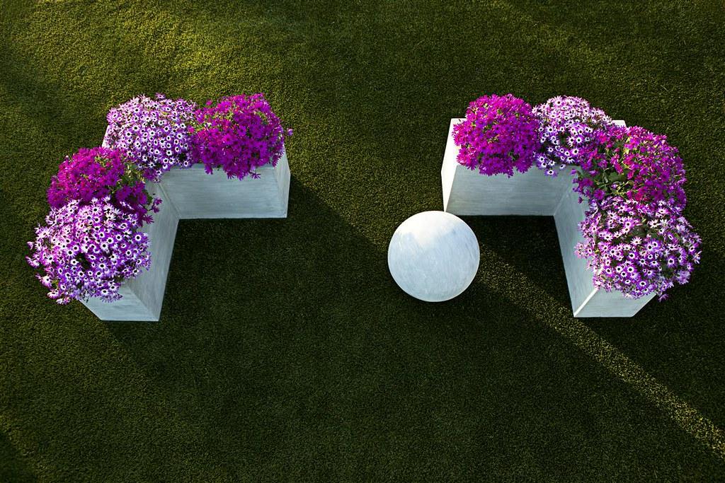Corner Modular Planter & Garden Sphere