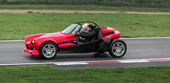 https://www.twin-loc.fr La toute nouvelle SECMA F16 ! - The all new SECMA F16 ! Circuit de Clastres le 10 mai 2014.