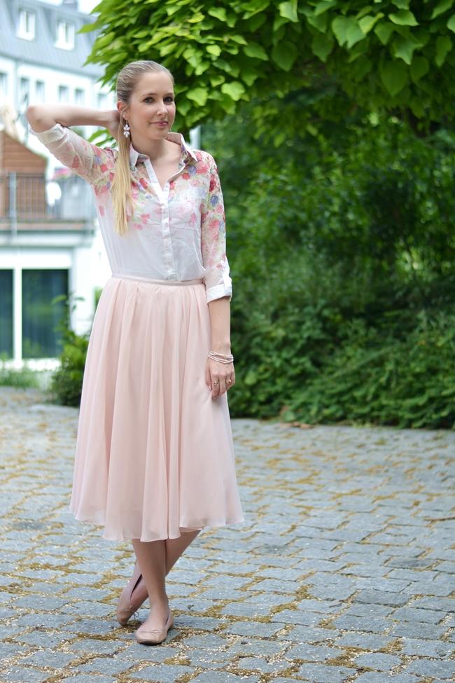 Outfit romantische Blümchen (4)