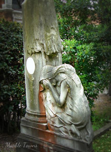 SM cemetery angel 6.jpg