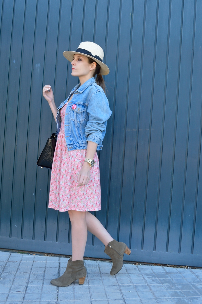lara-vazquez-madlula-blog-style-denim-levis-flower-dress-spring-look