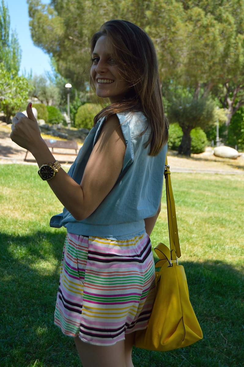 lara-vazquez-madlula-fashion-blog-jumpsuit-denim-yellow-bag