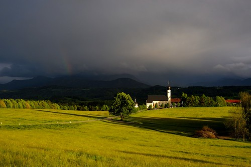 sunset cloud church rain clouds germany landscape bayern deutschland bavaria rainbow minolta sony landschaft dslra900 wilparting sonyα900 minoltaaf50mm114