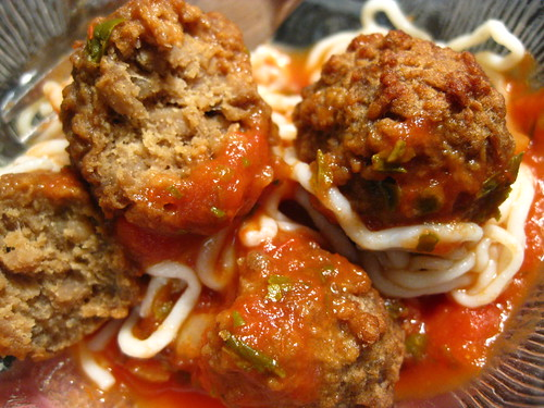 Meatballs & Spaghetti // I put 3 things together