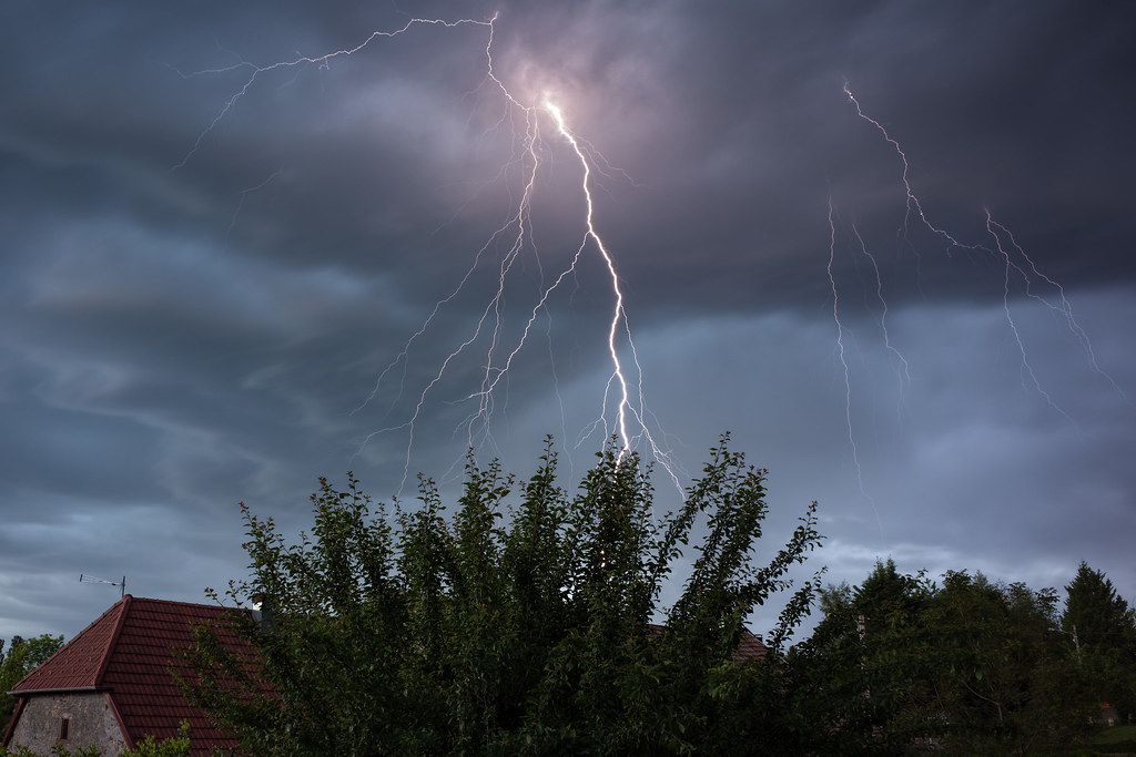 Branched lightning strike