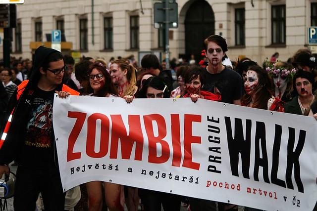 ZombieWalk2