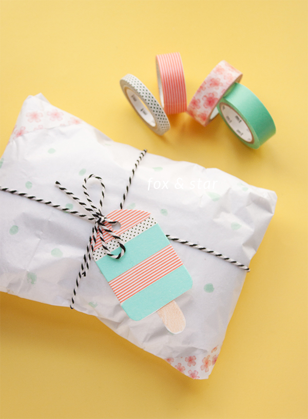 summer inspired gift wrap with a cute washi tape ice lolly / popsicle tag | fox and star blog