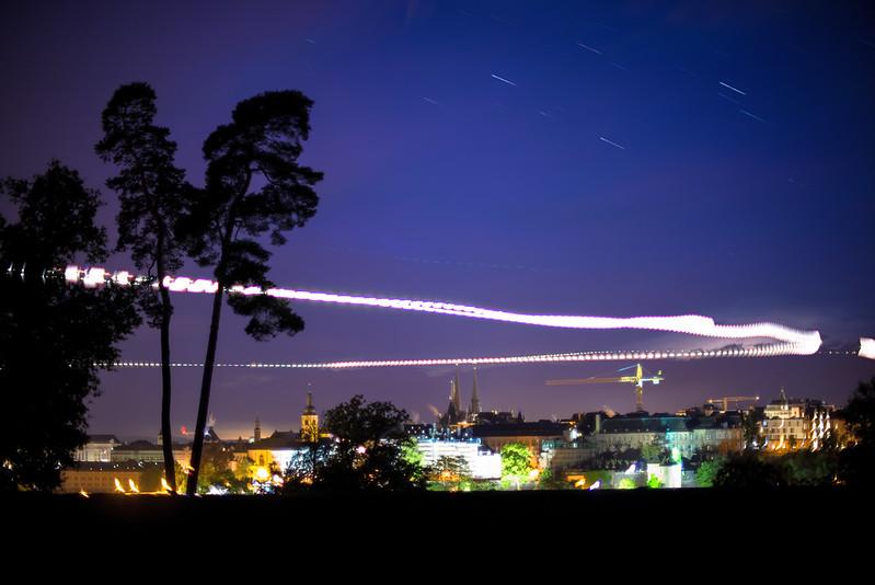 Time lapse merge: landing planes