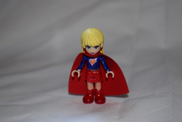 LEGO Super Friends Project Day 1 - Supergirl