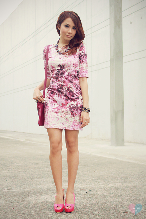 shai lagarde shailagarde love chic lovechic purple floral pink dress paint splatter corporate workwear pink peeptoe heels street style ootd fashion blogger philippines asian redhead contact lenses sm accessories disclosure concert tickets contest 10