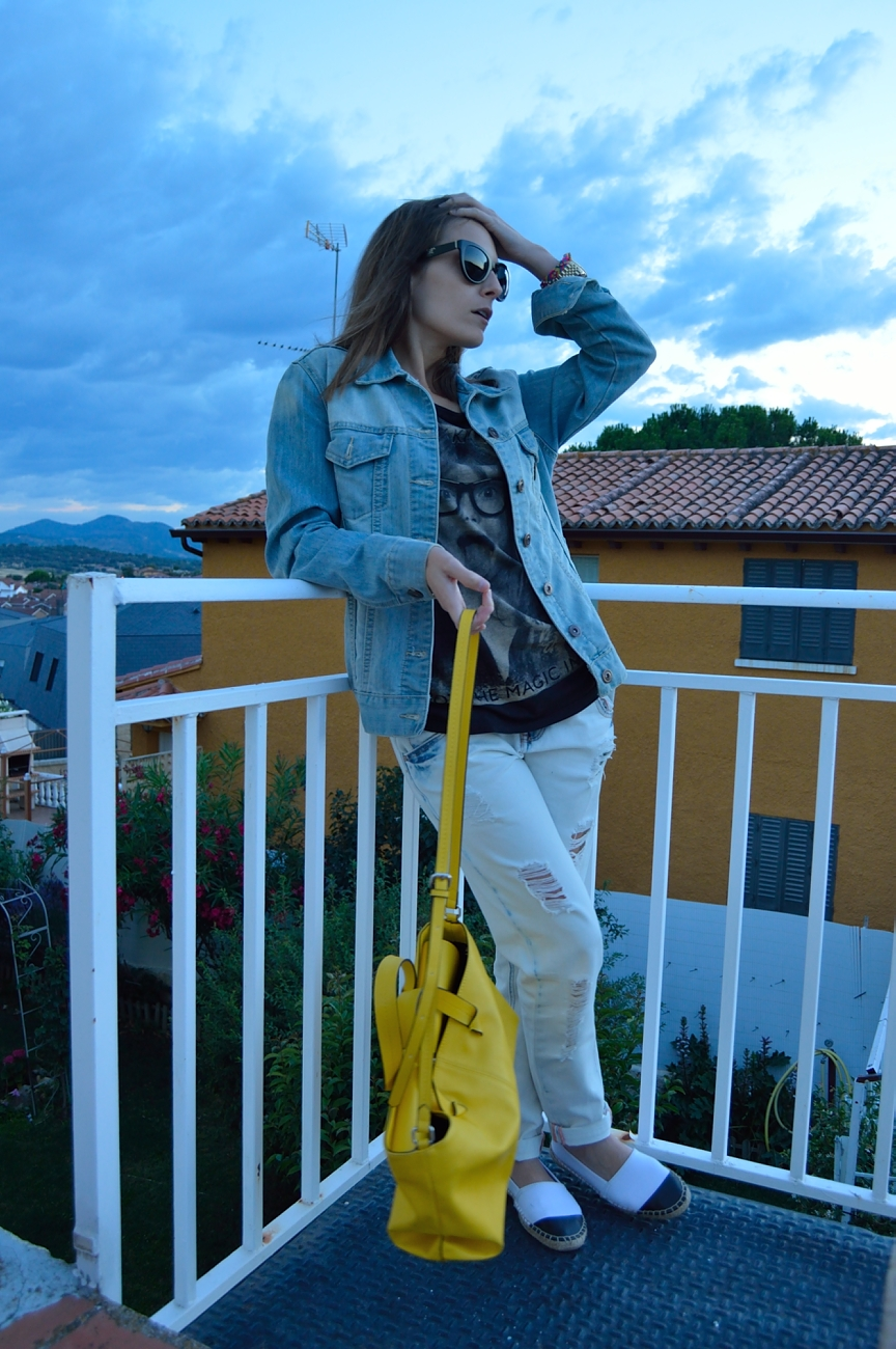 lara-vazquez-madlula-fashion-denim-pop-of-yellow