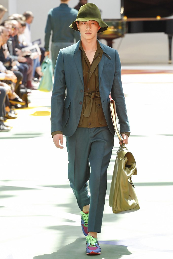SS15 London Burberry Prorsum009_Jin Dachuan(VOGUE)