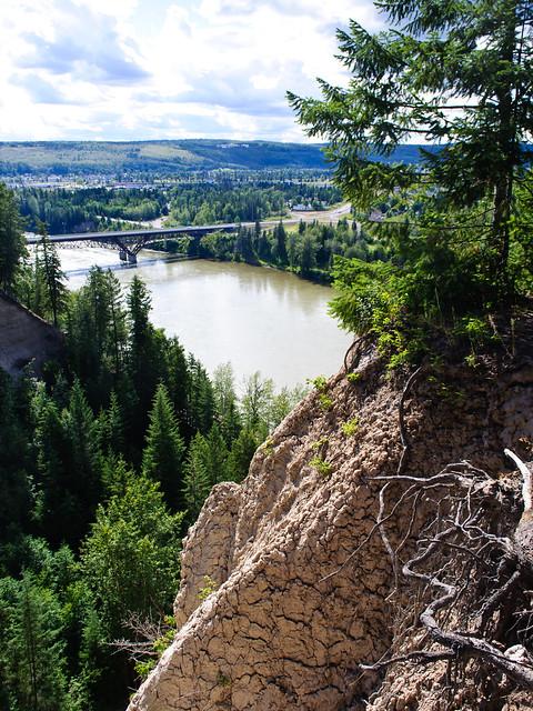 10 L.C. Gunn - The Simon Fraser and newly twinned bridges over the Fraser River