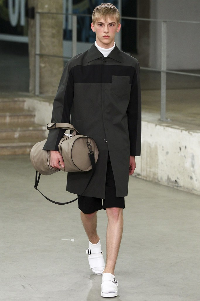 Dominik Sadoch3131_SS15 Paris Carven(VOGUE)