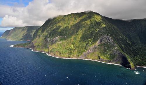 helicopter seacliffs molokai hawaii2014