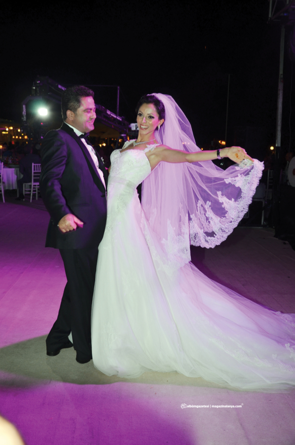 Abdurrahman Kaya, Canset Köse evlendi