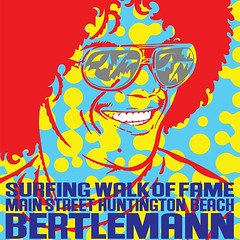 Artist John Van Hamersveld creates iconic poster image of surf legend Larry Bertlemann as they both enter the surfing walk of fame!  #surfing #art #artlosangeles #losangelesart #losangeles #dtla #huntingtonbeach #surfingwalkoffame #johnvanhamersveld #larr