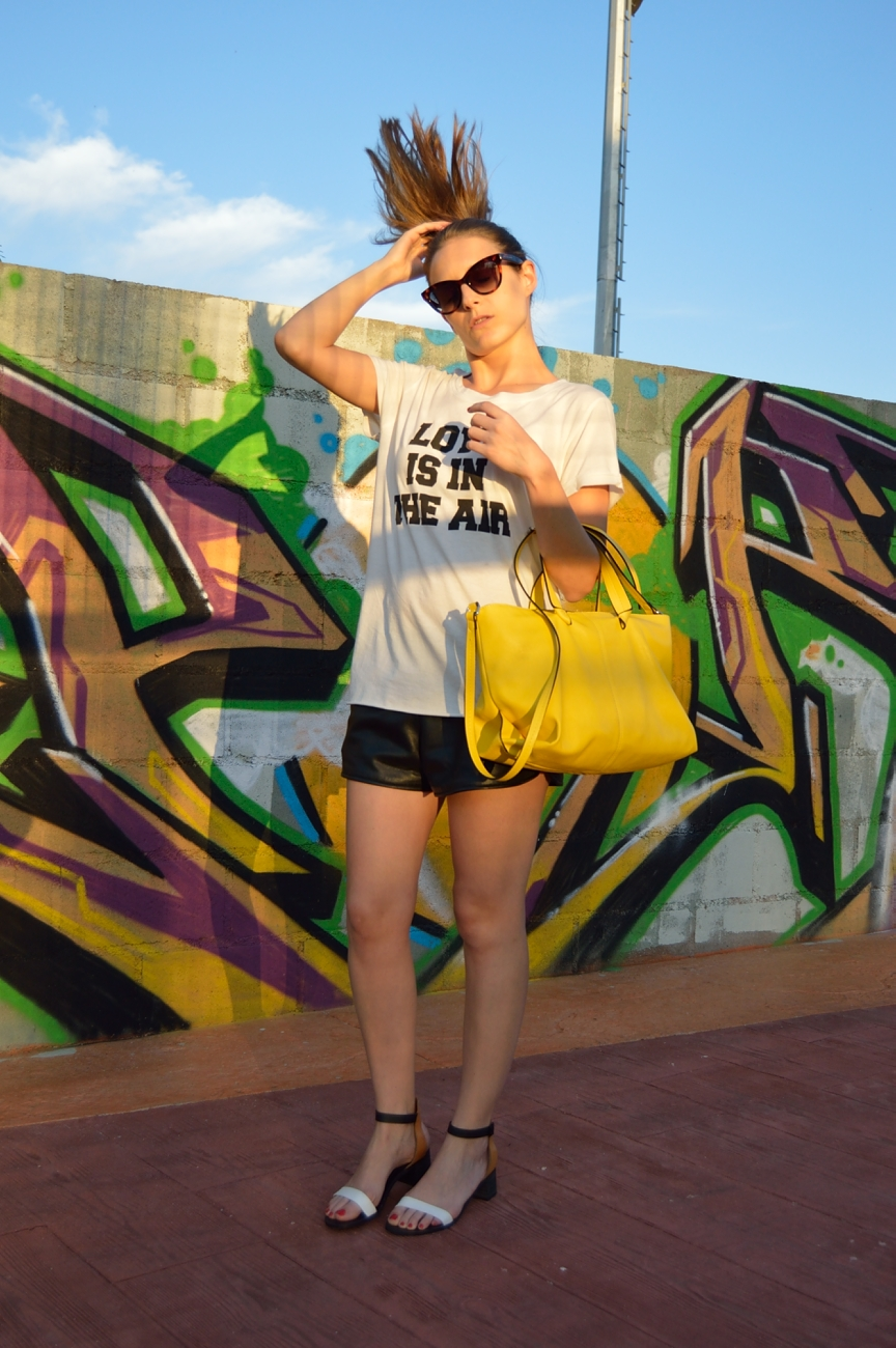 lara-vazquez-mad-lula-style-fashion-trends-pop-of-yellow
