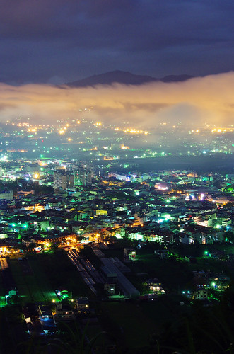 night nightscape cloudy taiwan nightscene 夜景 puli 埔里 虎頭山 nantou 飛行傘 da60250 da60250f4 smcpentaxda60250mmf4edifsdm 琉璃光