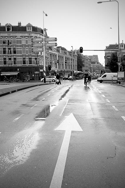 Rainyday_Streetasanarrow_BW