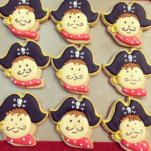 Pirate sugar cookies #polkadotscupcakefactory
