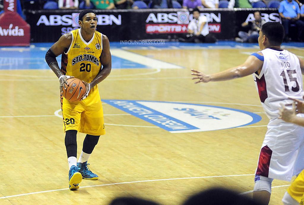 UAAP Season 77: UST Growling Tigers vs. UP Fighting Maroons, Aug. 2