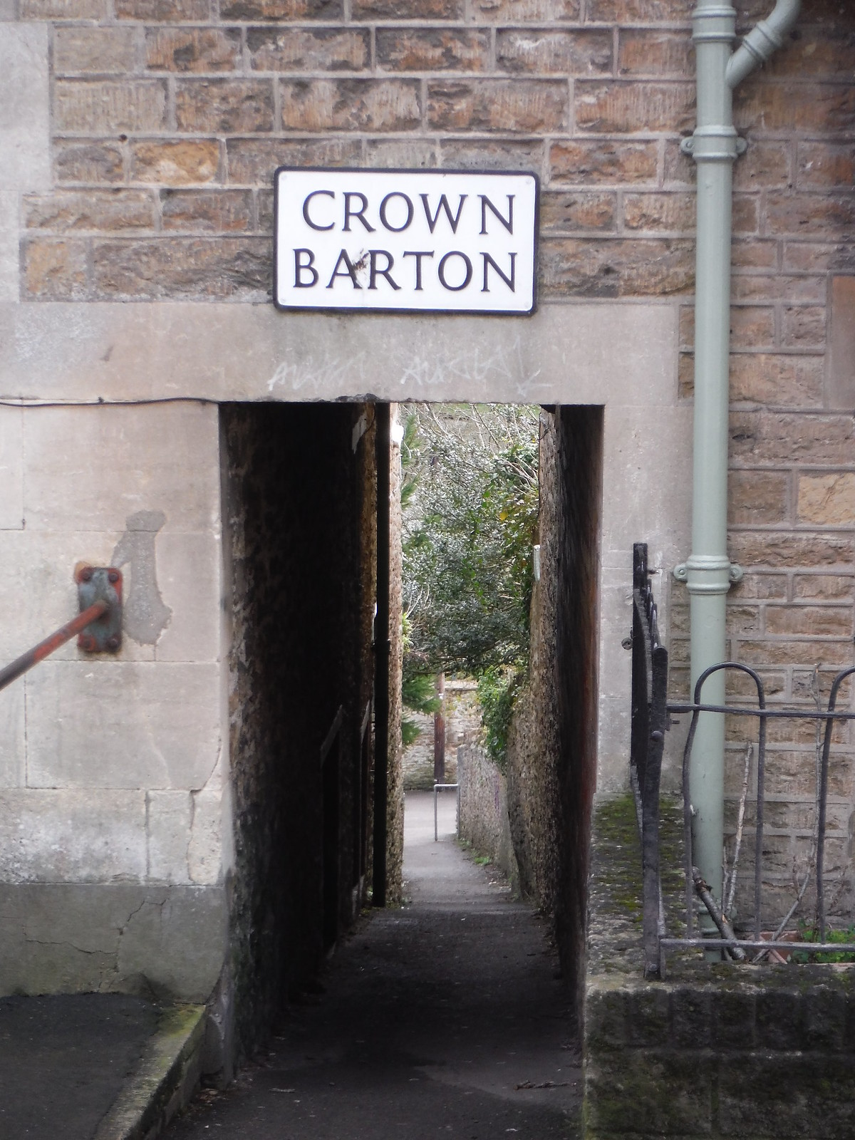 One of many Bartons, Bruton SWC Walk 284 Bruton Circular (via Hauser & Wirth Somerset) or from Castle Cary