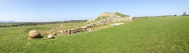 monte d'accoddi prehistorical altar