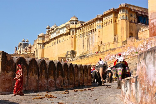 Amber Fort and a parade of elephants