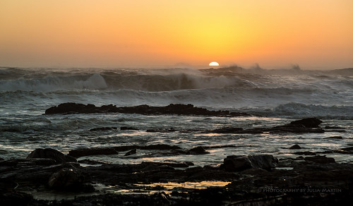 sunset seascape canon southafrica waves atlanticocean seaspray breakingwaves supershot capepeninsular photographybyjuliamartin inspireaholidayortrip