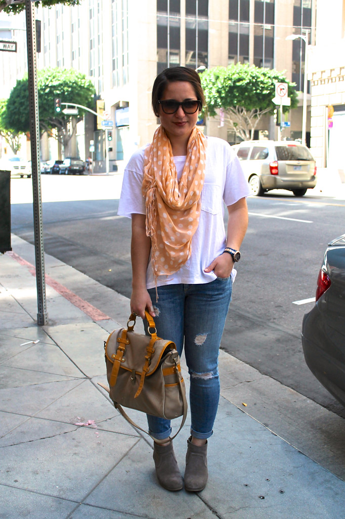 casual spring outfit: destroyed denim, simple tee, polka dot scarf