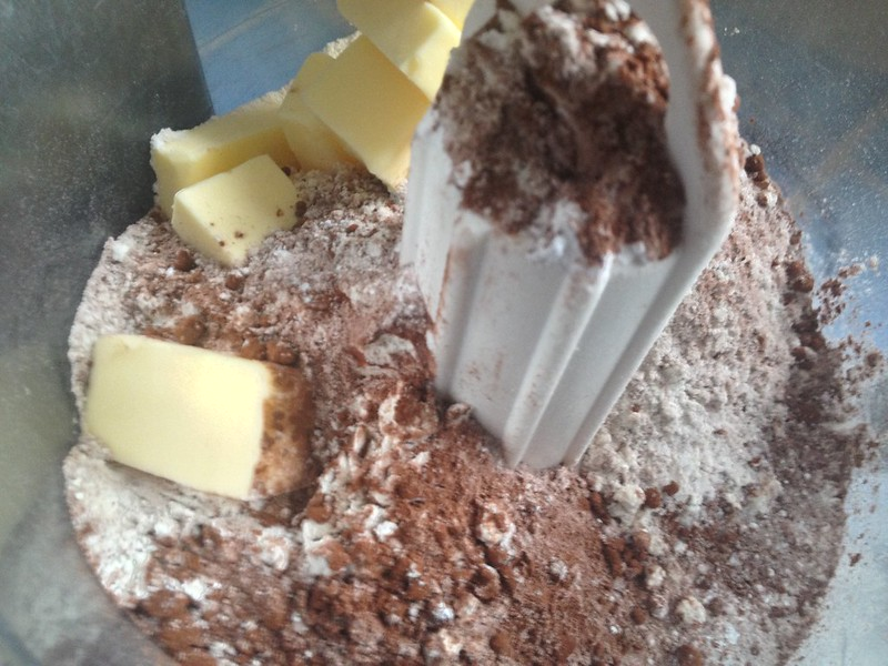 Chocolate Dolce Tart : Add the Butter Cubes
