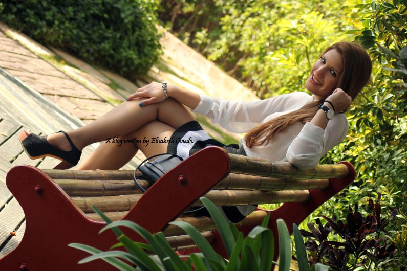 falda-rayas-blanca-y-negra-oasap-HEELSANDROSES-(2)