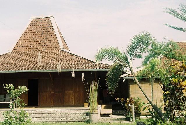 Potorono House