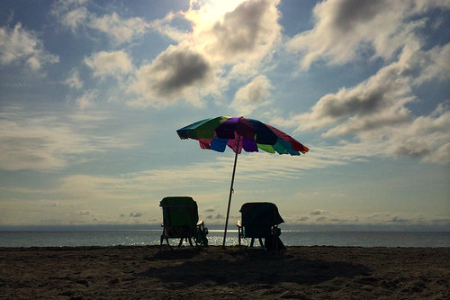 My peaceful Sunday morning @ Good Morning Hollywood Beach   Iphone 5s Gold 64GB