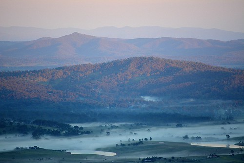 winter sky mist fog sunrise landscape dawn countryside australia valley queensland australianlandscape sequeensland australianmountains morninglandscape albertvalley mountdunsinane loganvaalley mountjoyce