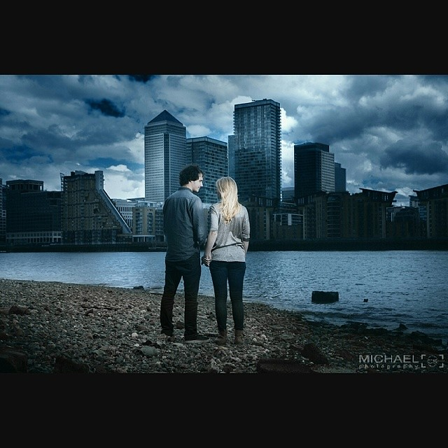 Great couple and a great location #london #photoshoot #couple #photographer #thames #cityscape #retouching #londonphotography