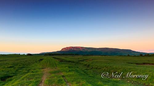 county ireland sunset cliffs northern derry ulster limavady antrimplateau myroe binevenagh riverroe binevenaghmountain roeestuary foibhnespeak roeestuarynaturereserve